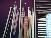 Wooden hooks & needles